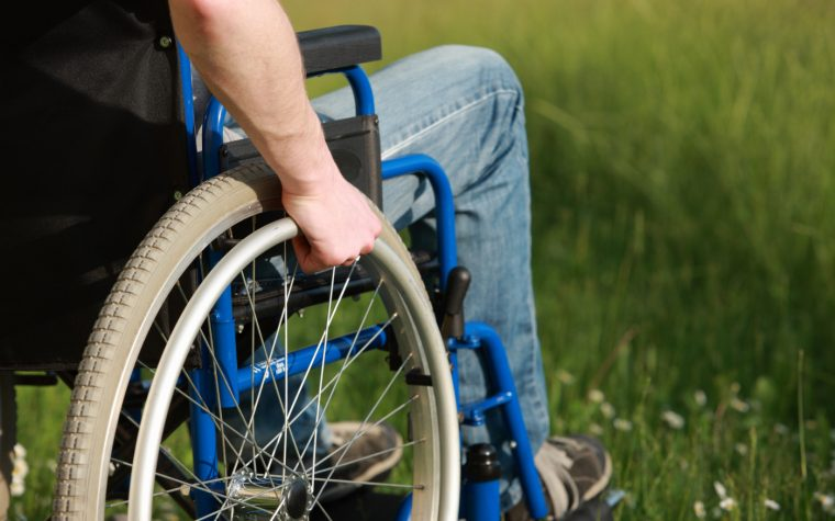 DMTs, wheelchair use